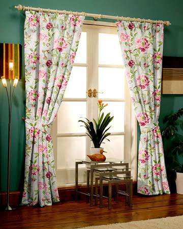 Prestigious Full Bloom Peony Curtains
