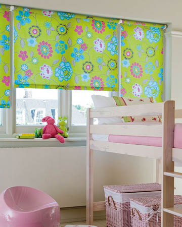 Decora Mojo Swing Roller Blinds