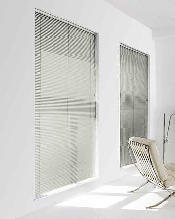 Filtra White Aluminium Venetian Blinds
