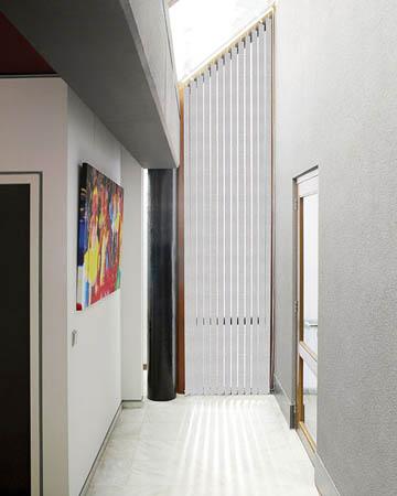 Decora Metz White Vertical Blinds