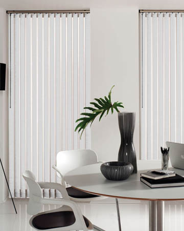 Wipeable White Vertical Blinds